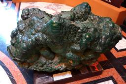 Malachite du Haut-Katanga. Source : http://data.abuledu.org/URI/54861cb7-malachite-du-haut-katanga