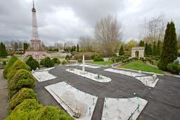 Maquette de la Place de la Concorde à France Miniature. Source : http://data.abuledu.org/URI/5645adf5-maquette-de-la-place-de-la-concorde-a-france-miniature