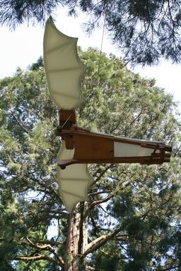 Maquette de machine volante de Léonard de Vinci. Source : http://data.abuledu.org/URI/54b98a29-maquette-de-machine-volante-de-leonard-de-vinci