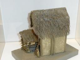 Maquette de maison gauloise. Source : http://data.abuledu.org/URI/5827ee1c-maquette-de-maison-gauloise-
