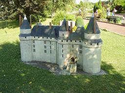 Maquette du château de Langeais. Source : http://data.abuledu.org/URI/50f1484b-maquette-du-chateau-de-langeais