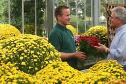 Marchand de fleurs. Source : http://data.abuledu.org/URI/50d87832-marchand-de-fleurs