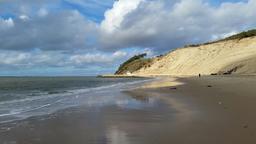 Marée descendante à la dune du Pilat. Source : http://data.abuledu.org/URI/56db2c3e-maree-descendante-a-la-dune-du-pilat