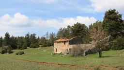 Mas provençal abandonné. Source : http://data.abuledu.org/URI/51ca17ad-mas-provencal-abandonne