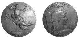 Médaille de l'exposition de 1900. Source : http://data.abuledu.org/URI/503940c8-medaille-de-l-exposition-de-1900