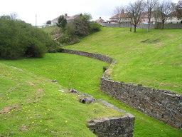 Merlin et l'amphithéatre Moridunum. Source : http://data.abuledu.org/URI/52adcc06-merlin-et-l-amphitheatre-moridunum