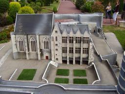 Mini-Château d'Angers. Source : http://data.abuledu.org/URI/50f02281-mini-chateau-d-angers