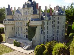 Mini-Château de Brissac. Source : http://data.abuledu.org/URI/50f0872f-mini-chateau-de-brissac