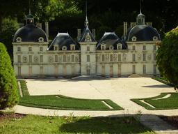 Mini-Château de Cheverny. Source : http://data.abuledu.org/URI/50f121a1-mini-chateau-de-cheverny