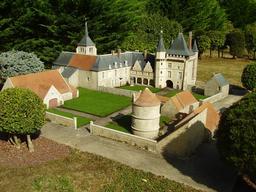 Mini-Château de Talcy. Source : http://data.abuledu.org/URI/50f1a82c-mini-chateau-de-talcy