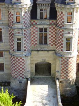 Mini-Château des Réaux. Source : http://data.abuledu.org/URI/50f19119-mini-chateau-des-reaux