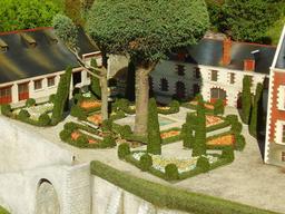 Mini-Château du Clos Lucé. Source : http://data.abuledu.org/URI/50f12f51-mini-chateau-du-clos-luce