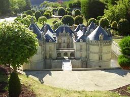 Mini-Château du Lude. Source : http://data.abuledu.org/URI/50f17c7f-mini-chateau-du-lude