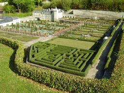 Mini-Jardins du Château de Villandry. Source : http://data.abuledu.org/URI/50f1aea5-mini-jardins-du-chateau-de-villandry