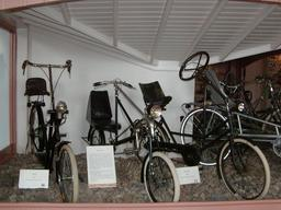 Modèles de vélos couchés de 1920. Source : http://data.abuledu.org/URI/51fb5a89-modeles-de-velos-couches-de-1920