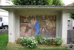 Monument aux Morts de Châtillon-sur-Indre. Source : http://data.abuledu.org/URI/543edd29-monument-aux-morts-de-chatillon-sur-indre