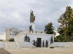 Monument de la liberté à Nicosie. Source : http://data.abuledu.org/URI/58ce28ab-monument-de-la-liberte-a-nicosie