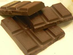 Morceaux de tablettes de chocolat. Source : http://data.abuledu.org/URI/51980d29-morceaux-de-tablettes-de-chocolat