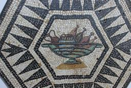 Mosaïque de la coupe. Source : http://data.abuledu.org/URI/5907958c-mosaique-de-la-coupe