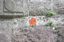 Mosaïque de Space Invader à Freiburg. Source : http://data.abuledu.org/URI/52c1f198-mosaique-de-space-invader-a-freiburg