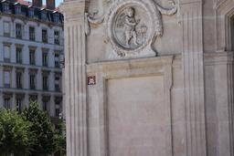 Mosaïque de Space invader à Lyon. Source : http://data.abuledu.org/URI/52c1f5e7-mosaique-de-space-invader-a-lyon