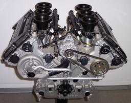 Moteur de Mercedes V6 DTM. Source : http://data.abuledu.org/URI/50431433-moteur-de-mercedes-v6-dtm