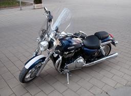 Moto Triumph Thunderbird 1600. Source : http://data.abuledu.org/URI/52889717-moto-triumph-thunderbird-1600