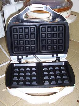 Moule à gaufres. Source : http://data.abuledu.org/URI/510074bf-moule-a-gaufres