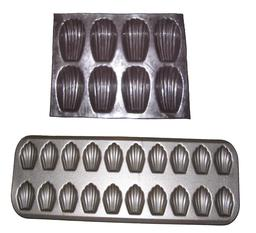 Moules de madeleine. Source : http://data.abuledu.org/URI/5443b96e-moules-de-madeleine