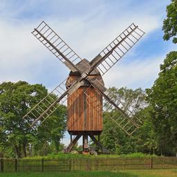 Moulin à vent de Gatow à Berlin. Source : http://data.abuledu.org/URI/5415ddef-moulin-a-vent-de-gatow-a-berlin