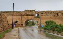 Murs de ville de Famagouste à Chypre. Source : http://data.abuledu.org/URI/58cdf173-murs-de-ville-de-famagouste-a-chypre
