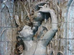 Fontaine au musée de l'école de Nancy. Source : http://data.abuledu.org/URI/5818cfa8-musee-de-l-ecole-de-nancy