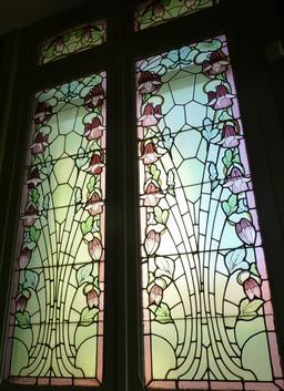 Vitrail au musée de l'école de Nancy. Source : http://data.abuledu.org/URI/5818cfda-musee-de-l-ecole-de-nancy