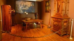 Salon au musée de l'école de Nancy. Source : http://data.abuledu.org/URI/5818ea92-musee-de-l-ecole-de-nancy