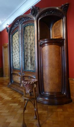 Armoire au musée de l'école de Nancy. Source : http://data.abuledu.org/URI/5818ec15-musee-de-l-ecole-de-nancy