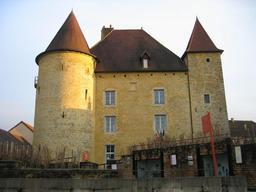 Musée de la viticulture jurassienne. Source : http://data.abuledu.org/URI/5273e4c3-musee-de-la-viticulture-jurassienne