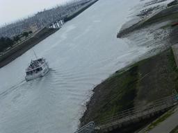 Navette maritime à La Rochelle. Source : http://data.abuledu.org/URI/58217cb8-navette-maritime-a-la-rochelle