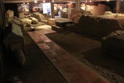 Nécropole de Saint-Seurin à Bordeaux. Source : http://data.abuledu.org/URI/55aedb5a-necropole-de-saint-seurin-a-bordeaux