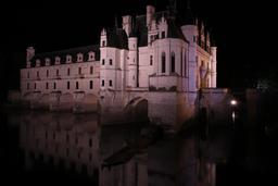 Nocturne de Chenonceau. Source : http://data.abuledu.org/URI/55e4621d-nocturne-de-chenonceau