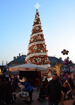Noël à Cracovie. Source : http://data.abuledu.org/URI/585db0bd-noel-a-cracovie