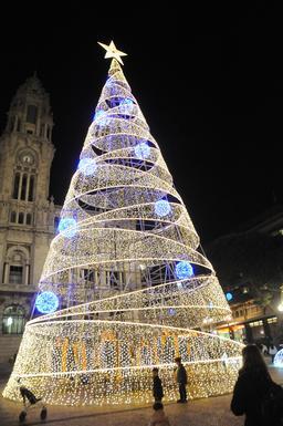 Noël à Porto. Source : http://data.abuledu.org/URI/585db445-noel-a-porto