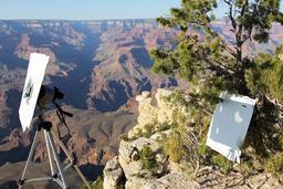 Observation d'éclipse solaire dans le Grand Canyon. Source : http://data.abuledu.org/URI/550d73c5-observation-d-eclipse-solaire-dans-le-grand-canyon