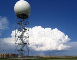 Observatoire météorologique dans le sud-Dakota. Source : http://data.abuledu.org/URI/55122325-observatoire-meteorologique-dans-le-sud-dakota
