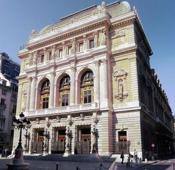 Opéra comique. Source : http://data.abuledu.org/URI/511287a9-opera-comique