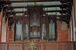 Orgue du Monastère Sonnenkamp Neukloster. Source : http://data.abuledu.org/URI/50e99236-orgue-du-monastere-sonnenkamp-neukloster