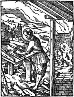 Ouvrier façonnant des briques dans un moule. Source : http://data.abuledu.org/URI/47f5343e-ouvrier-faconnant-des-briques-dans-un-moule