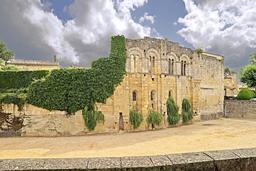Palais Cardinal à Saint-Émilion. Source : http://data.abuledu.org/URI/5413fb48-palais-cardinal-a-saint-emilion