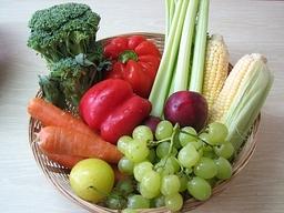 Panier de fruits et légumes. Source : http://data.abuledu.org/URI/501ced32-panier-de-fruits-et-legumes