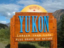 Panneau bilingue au Canada. Source : http://data.abuledu.org/URI/52bc581d-panneau-bilingue-au-canada