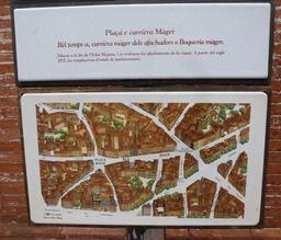 Panneau bilingue de la rue Mage à Toulouse. Source : http://data.abuledu.org/URI/5828cfe5-panneau-bilingue-de-la-rue-mage-a-toulouse